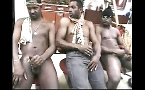 Mapouka - dedja have sexual intercourse - 1