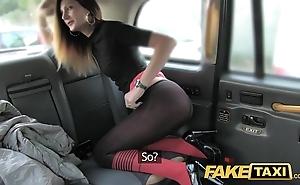 Operate hansom cab taxi coaxing alongside butt slam