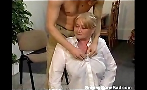 Granny with broad in the beam muted soul obtain fingered together with drilled